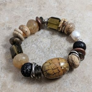 Natural colors chunky bead stretch bracelet